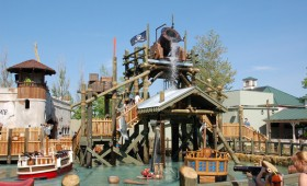 Buccaneer Battle – Six Flags Great America