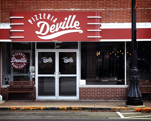 Pizzeria Deville designed by Bleck & Bleck Architects