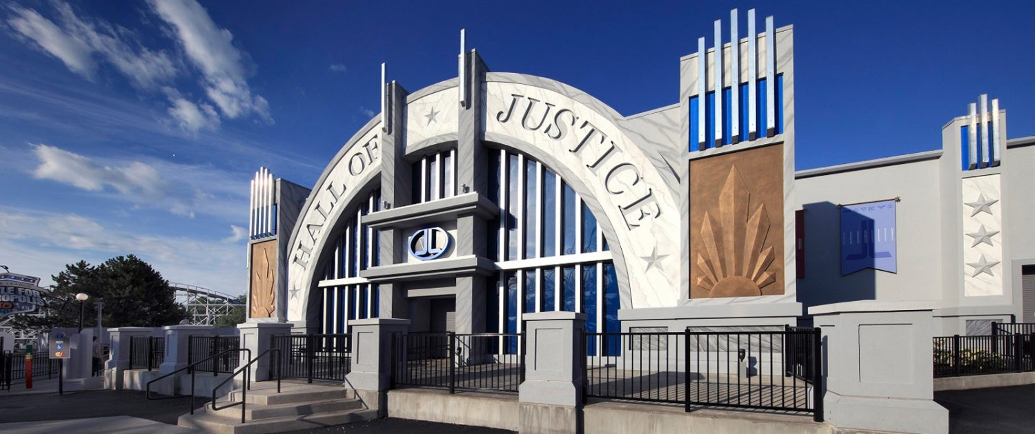 Dark-Ride Justice League Battle for Metropolis Hall of Justice Entrance