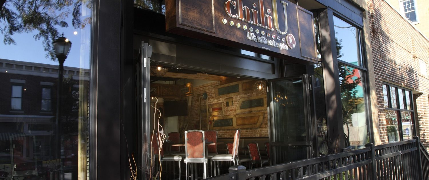 View of Chili U glass retractable entrance facing Milwaukee Avenue in Downtown Libertyville.