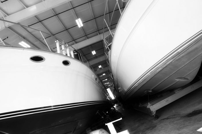 Larsen Marine - Boat Warehouse