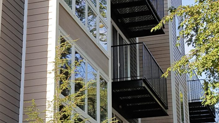 Northline Apartments in Libertyville IL. View of the exterior balcony.