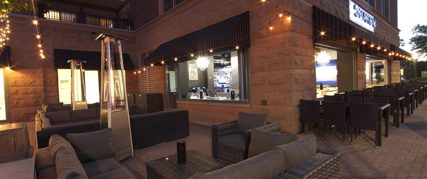 Shakou Arlington Heights - outdoor dining and lounge area.