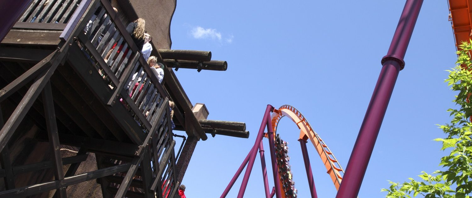Six Flags Great America - Raging Bull view of the loading / launch platform